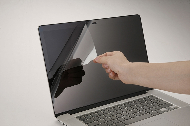 écran-macbook-protection-film
